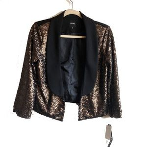 Nwt Blazer large gold sequins